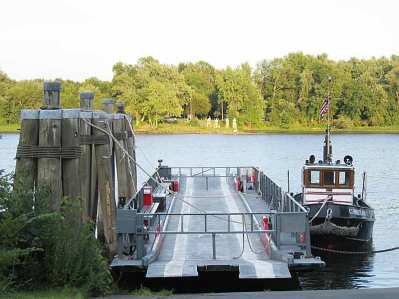 IMG_4136_Rocky_Hill_-_Glastonbury_Ferry