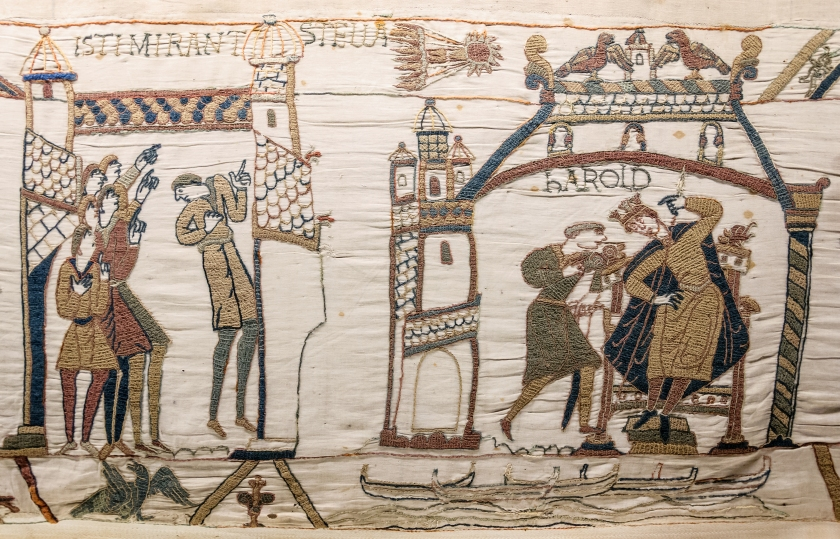 hith-halley-comet-Bayeux_Tapestry_32-33_comet_Halley_Harold