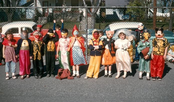 HalloweenKodachrome1958_01L