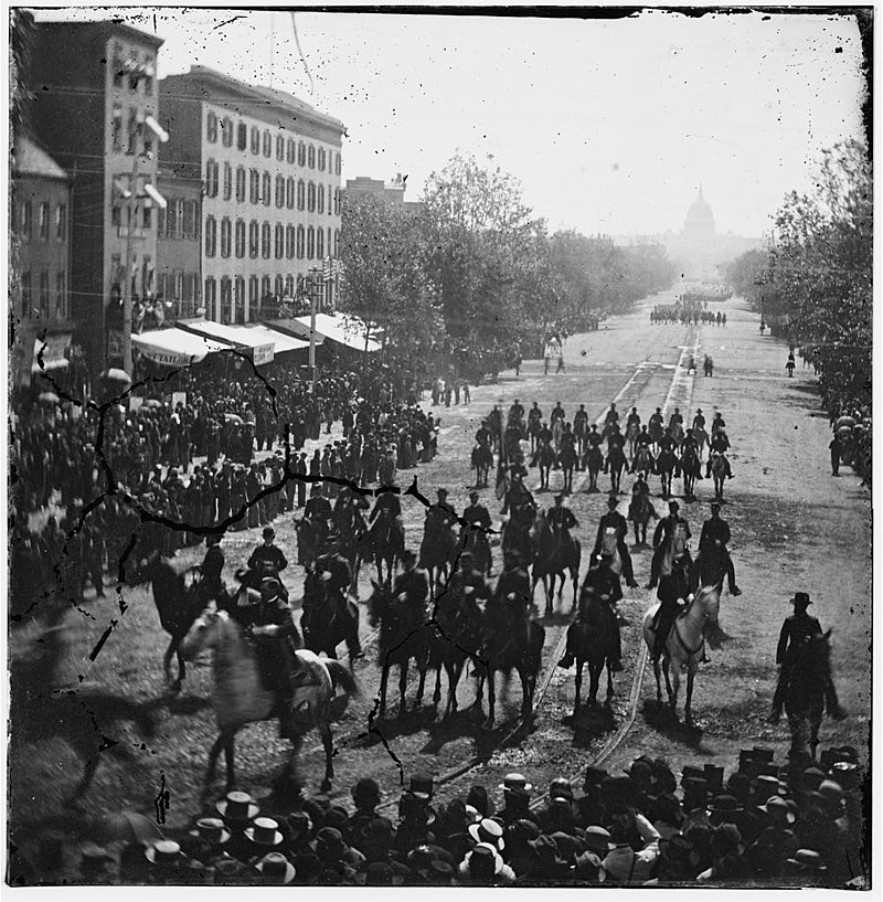 800px-Washington,_District_of_Columbia._The_Grand_Review_of_the_Army._(Cavalry_)_passing_on_Pennsylvania_Avenue_near_the_Treasury_LOC_cwpb.02811